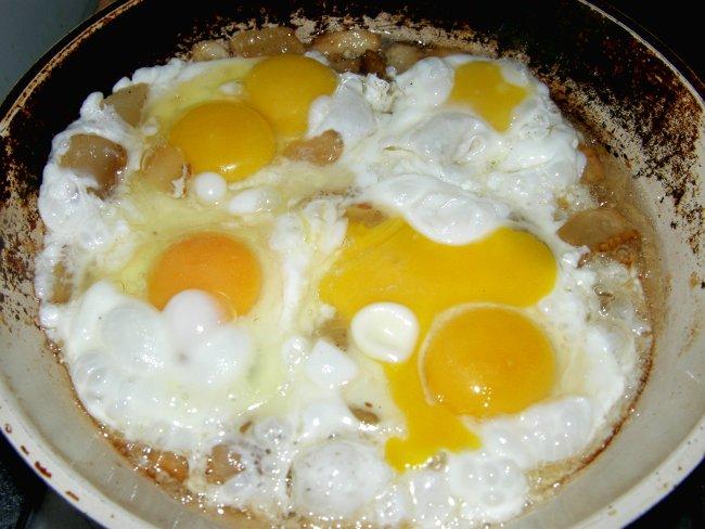 яичница на сале рецепт