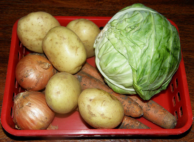 Овощи: картошка, капуста, морковь, репчатый лук