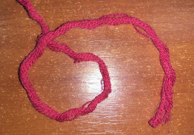 Как соединить узелки при вязании 375